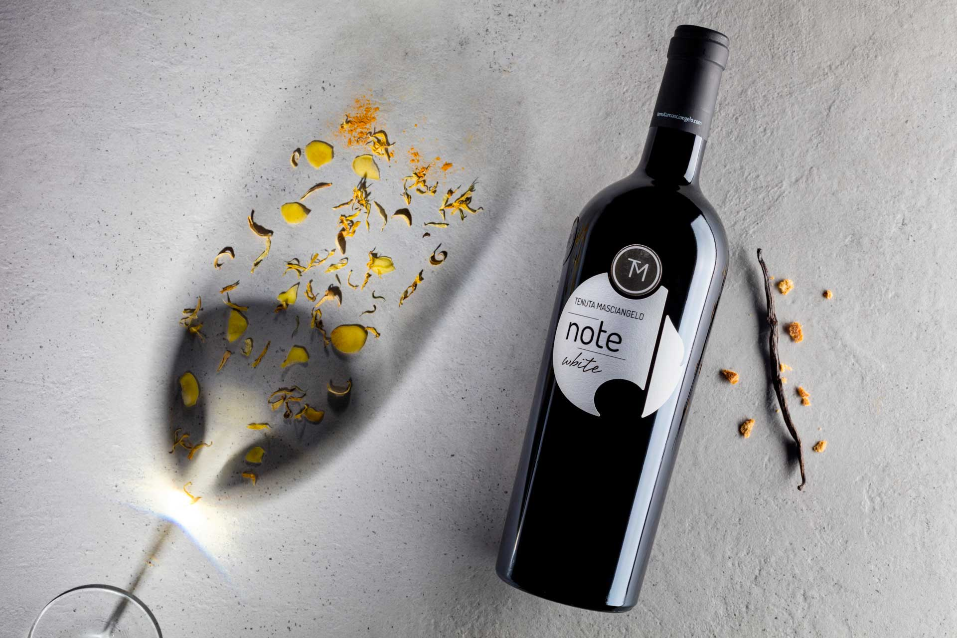 NOTE ORO, WHITE E PURPLE BRING IMPORTANT AWARDS TO THE DECANTER AWARDS 2019